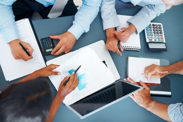 technology-finance-accounting-law-600x400